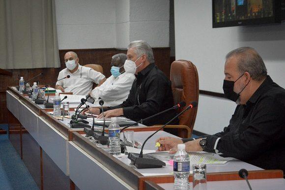 Consejo de Ministros aprueba perfeccionar la empresa estatal socialista, las cooperativas no agropecuarias, las Mipymes y el TCP