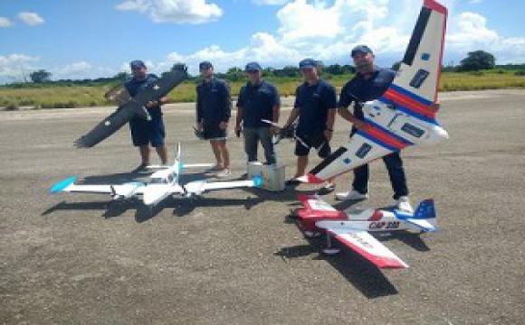 AlaSoluciones: cubanos que hacen drones