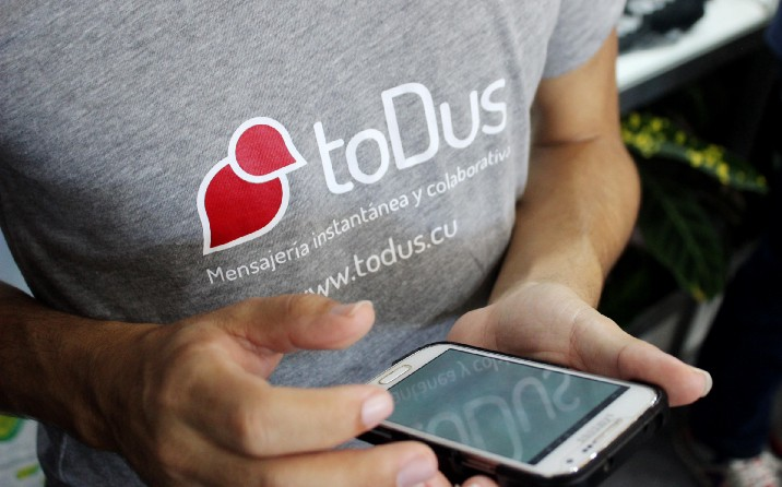 Se regula la aplicación de tributos a las personas naturales que comercializan bienes o servicios en las plataformas ToDus, Picta y Apklis, todas de producción nacional (Juventud Técnica)